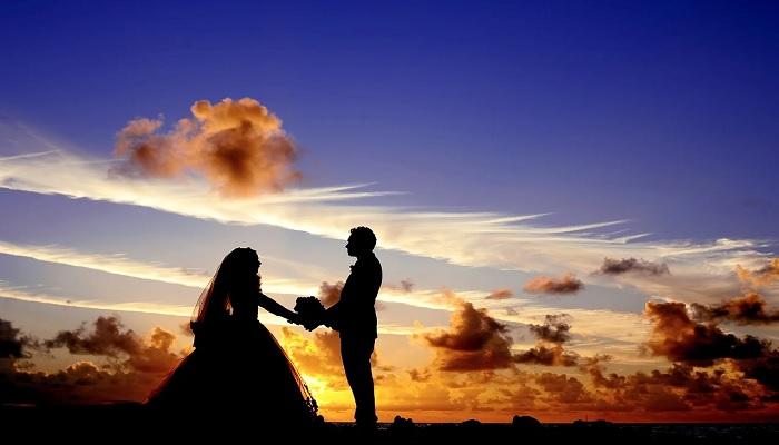 Disfruta de un amor puro y eterno con Alicia Collado y sus amarres